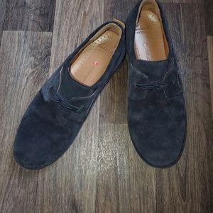 Clark's suede artesian loafers